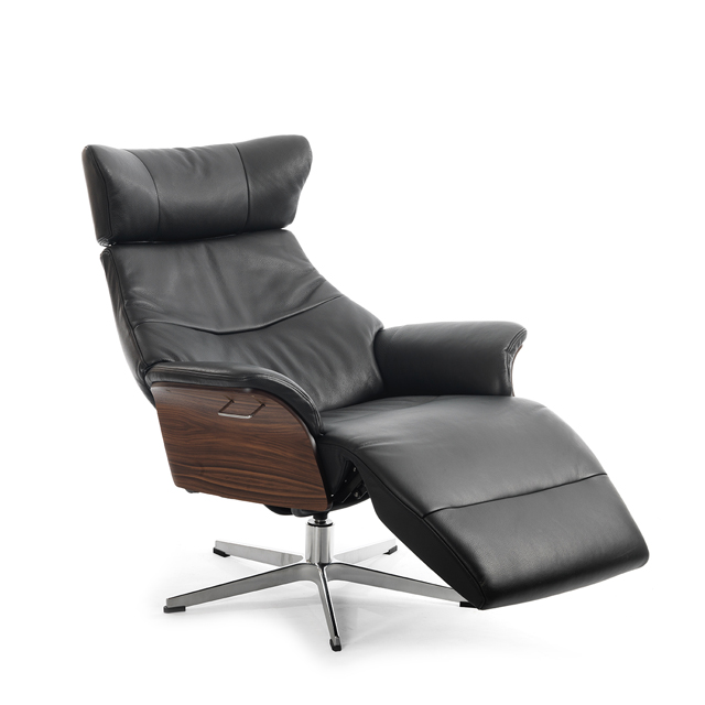 K38_Air_with_footrest_walnut_Fantasy_black